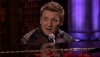 傑瑞米雷納 Jeremy Renner 個人劇照 tn_hawkeye-sings-1-133830.jpg