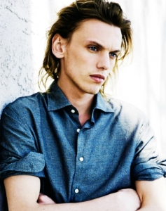 傑米坎貝鮑爾 Jamie Campbell Bower